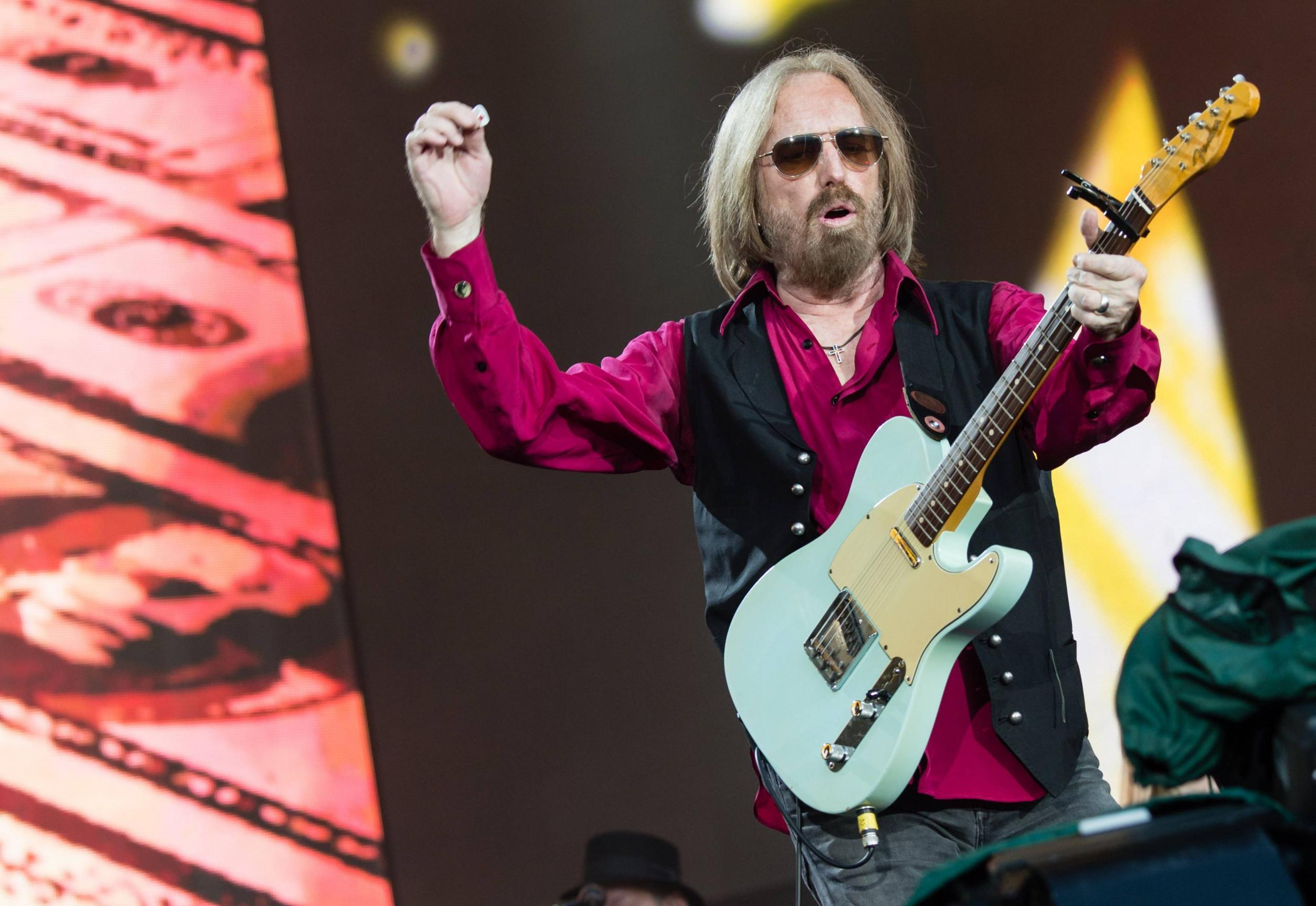 Last Dance With Mary Jane Chords Tom Petty One Of Rocks Most Distinctive And Enduring Voices The